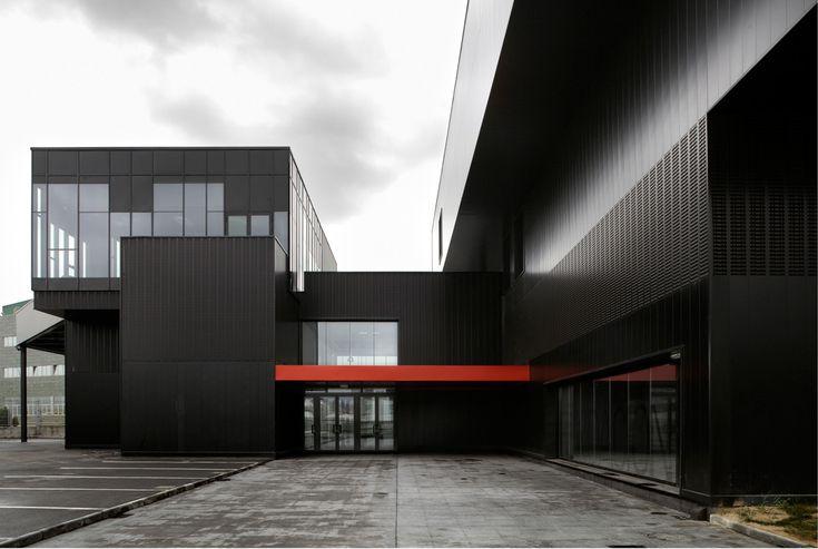 Gallery of Metal Foundation [Slab] / [baragaño] - 10