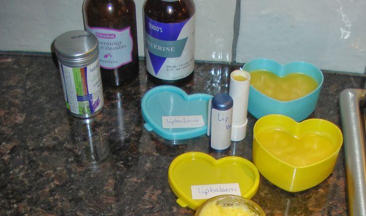 Lippenbalsem: 1 deel bijenwas, 1 deel olie en 3 delen cocosolie