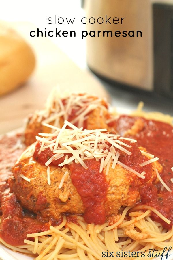Slow Cooker Chicken Parmesan on SixSistersStuff.com - easy and delicious!