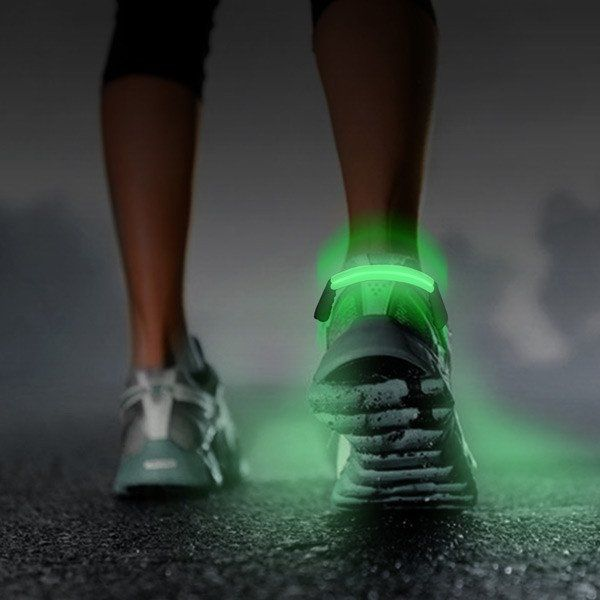 Lightweight and slim.The LED shoe clip is a gadget designed to make night runners and cyclists easier to spot. Great alternative to reflectors for night-time safety. This product provides safety ridin