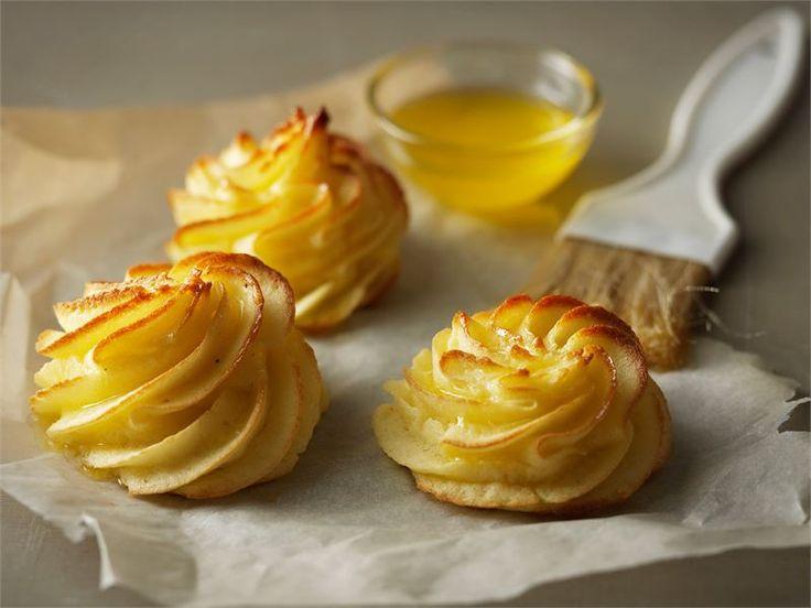Duchesse-perunat ovat peräisin ranskalaisesta keittiöstä ja ne sopivat erilaisten kala- ja liharuokien lisäkkeeksi.