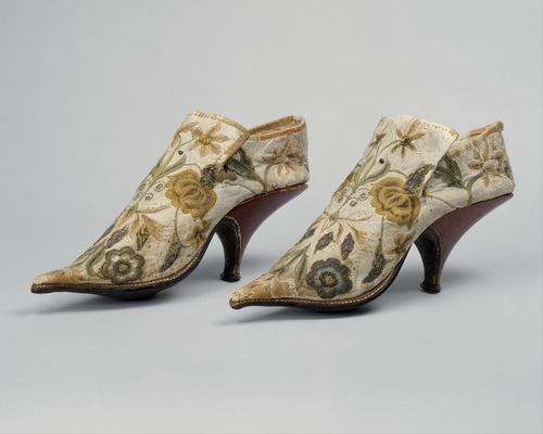 These are just so pretty and dainty - 18th century shoes