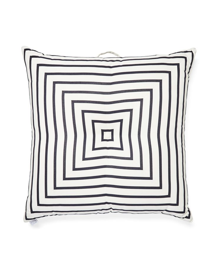 Meet your new floor plan: Comfy, coastal pillows that perfect the art of lounging around. These are outfitted in weather-hardy fabric and go-anywhere colors, so you can layer them with abandon.
