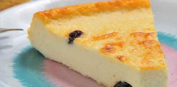Sabor e delicadeza juntos no mesmo prato, aprenda a fazer essa deliciosa torta de ricota, veja como é prático e rápido. Torta fácil de ricota.