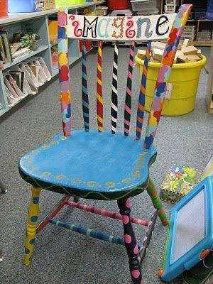 Teacher-chair of wonder! I have a white chair that needs to be redone..who wants to help??