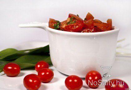 Paradicsomsaláta 7. - medvehagymás http://www.nosalty.hu/recept/paradicsomsalata-7-medvehagymas
