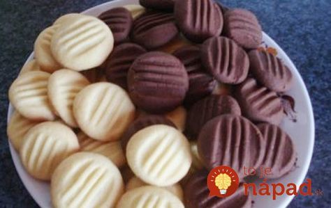 Rýchle, jednoduché a úžasne jemné sušienky, ktoré pripravíte za pár minút. Vyskúšajte ich a určite nebudete ľutovať. Potrebujeme: 250 g masla 100 g práškového cukru 1 bal. vanilkového cukru 100 g uvareného vanilkového alebo čokoládového pudingu 200-250 g hladkej múky Postup: Zmäknuté maslo …