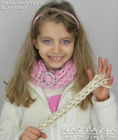 DIY Free Pattern and YouTube Video Tutorial Easy and Simple Arm Knit and Finger Knitting - Beginner Knitted Infinity Scarf by Donna Wolfe from Naztazia