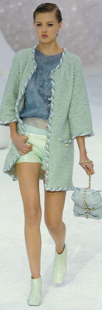 Chanel. Банный халат. красиво обработан край.