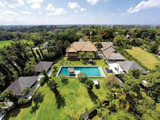 Chalina Estate captures the true essence of Bali with its classic architecture, lush tropical gardens and rice-field views. The villa's serene riverside setting makes it the ultimate choice for weddings and special retreats . www.geriabalivillas.com/villa-chalina/ . #bali #villas #geriabali #balivillas #balibible #luxuryproperties #Instagram #beautifuldestination #travel #cangguvilla #villainbali #luxwt #beuatifuldestinations #theluxurylifestyle #holiday #natural #wtm #Facebook #canggu…