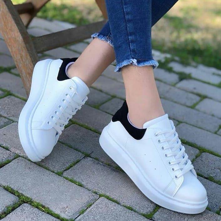 Beyaz Spor Ayakkabi Ayakkabilar Spor Giyim Spor