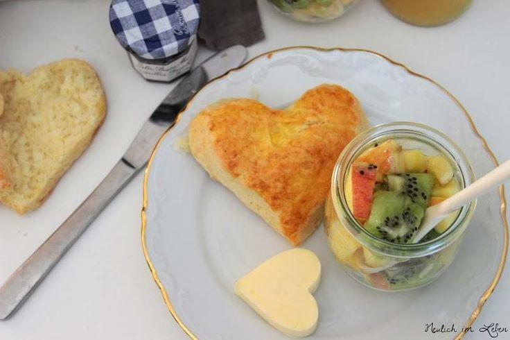 Herz-Scones zum Frühstück  Rezept eingesendet von: Assata Frauhammer  #Breakfast #Herz #Scones