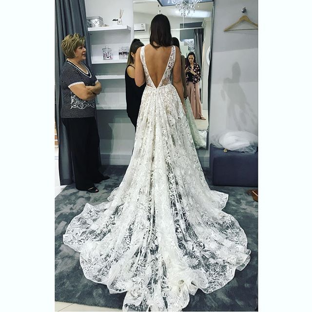 On the back of the most INCREDIBLE weekend in Pretoria meeting the most GORGEOUS brides and having such fun fitting the new collection (and I mean, REALLY beautiful brides wowzers ), we are super excited for this weekends fittings and appointments in our hometown Durban  if you haven't found your dream dress yet, we are here to help! There are endless styles and options (including mixing and matching to create your own unique and individual look). We have very limited appointments left ...