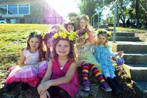 Det finns en rad aktiviteter för Svenska barn i Sydney och som medlem i SiS kan man gå med i Svenska Lekgruppen för barn från 0 till 5 år. Dessutom finns svenska språkundervisning till de lite större barnen på Svenska skolan som finns utspridd över hela Sydney. Välkomna till SiS svenska lekgrupp! På fredagar mellan …