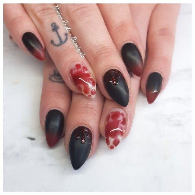 # Draculas Frau sah noch nie besser aus! Lade deine besten Halloween-Nägel zu Nailsyt hoch …   – Your Nailstyle