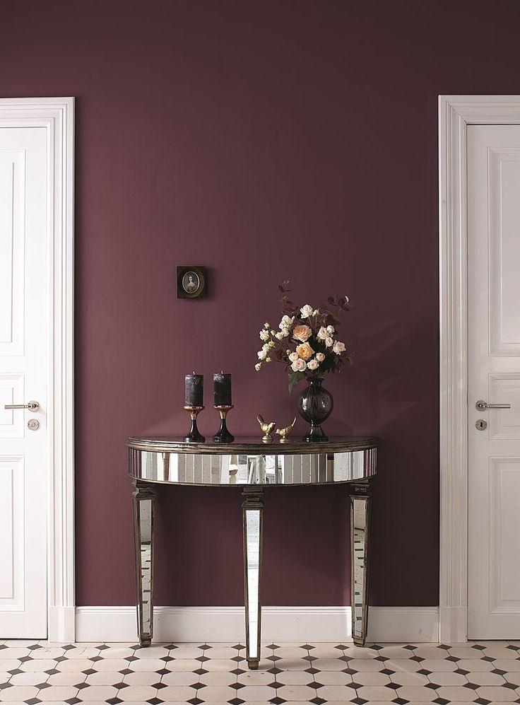 Mit Opulenten Violettnuancen Wird Der Eingangsbereich Zum Schicken Entré.  Feine FarbenDeko IdeenAlpina ...