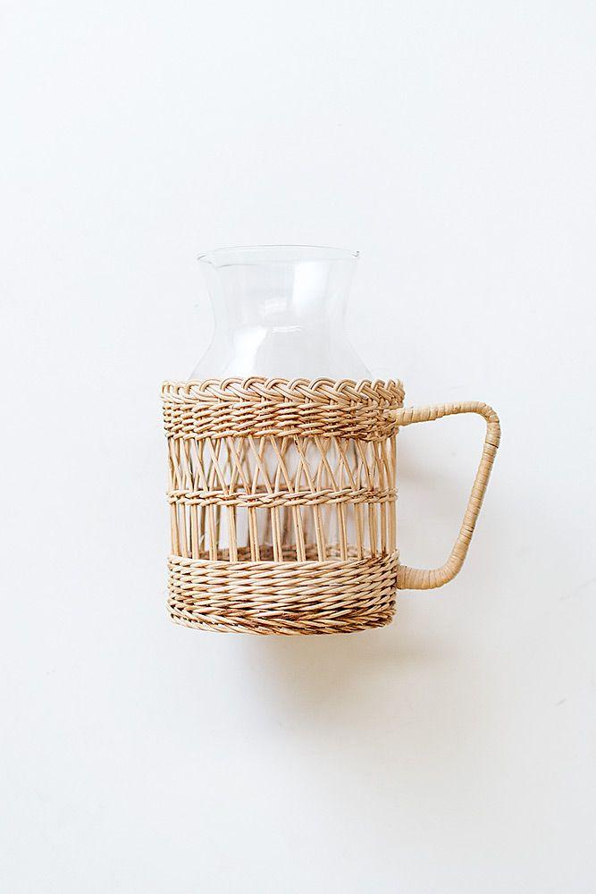 vintage straw carafe holder with handle