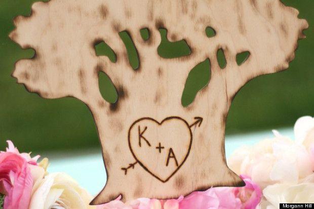 Engraved tree heart