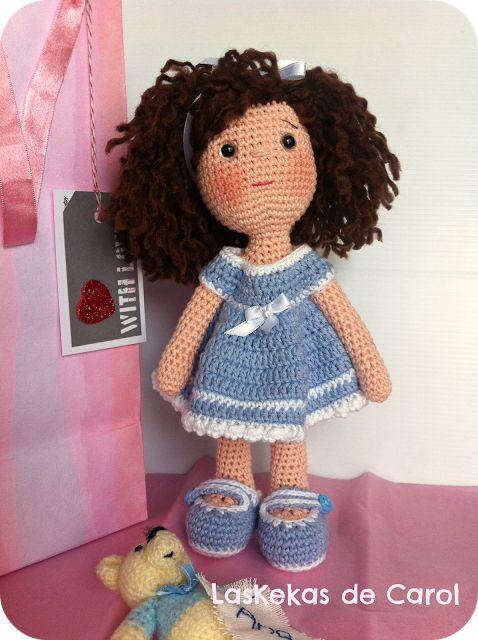 Ana, nueva muñeca de ganchillo