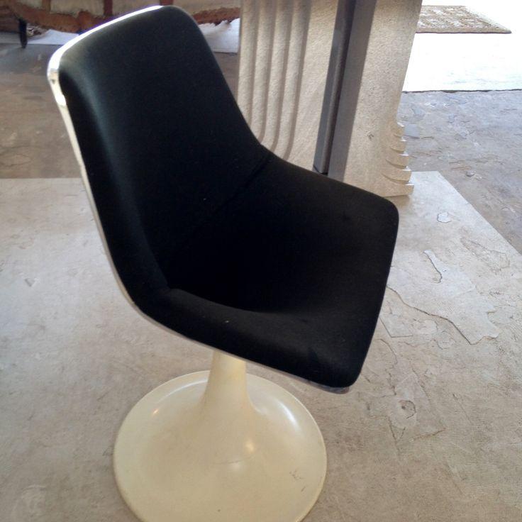 1000 id es sur le th me fauteuil coque sur pinterest fauteuil design chaise fauteuil et. Black Bedroom Furniture Sets. Home Design Ideas