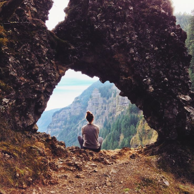Rock of Ages Hike - Columbia River Gorge, Oregon. So excited to do this one!