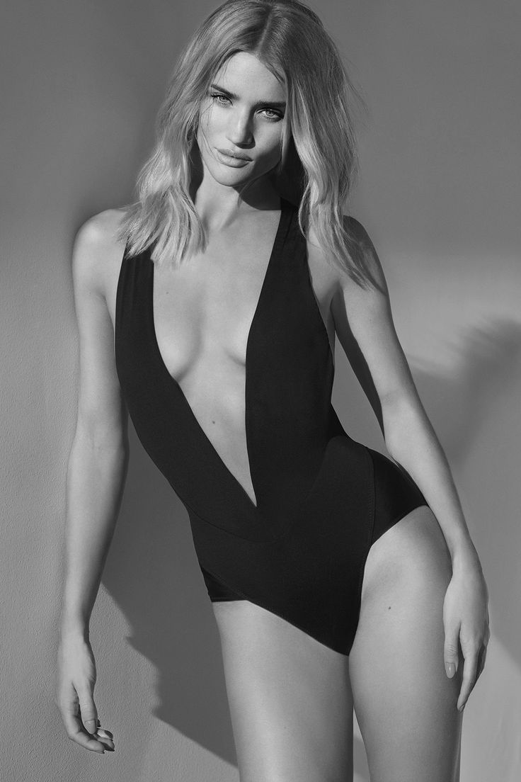 Rosie Huntington-Whiteley by Miguel Reveriego for Harper by Harper's Bazaar, May 2015