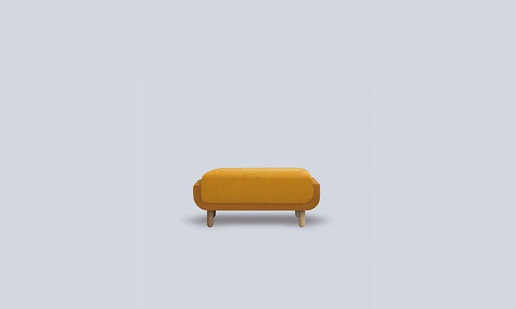 El sofá NAIA es un sofá que no pasa inadvertido, se ha diseñado pensando en las reducidas dimensiones de algunos hogares actuales.