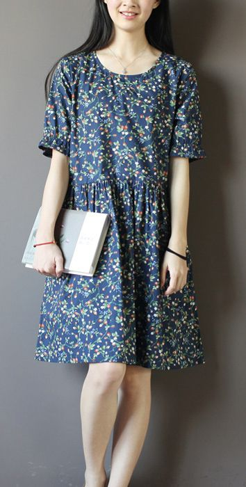 Casual floral dress. Perfect for holiday and traveling. Navy strawberry print sundress cotton summer dresses fit flare dress