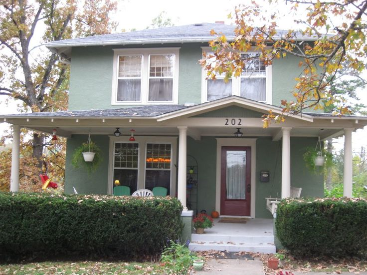 Best 25 green exterior paints ideas on pinterest house colors exterior green exterior house for Benjamin moore green exterior paint colors