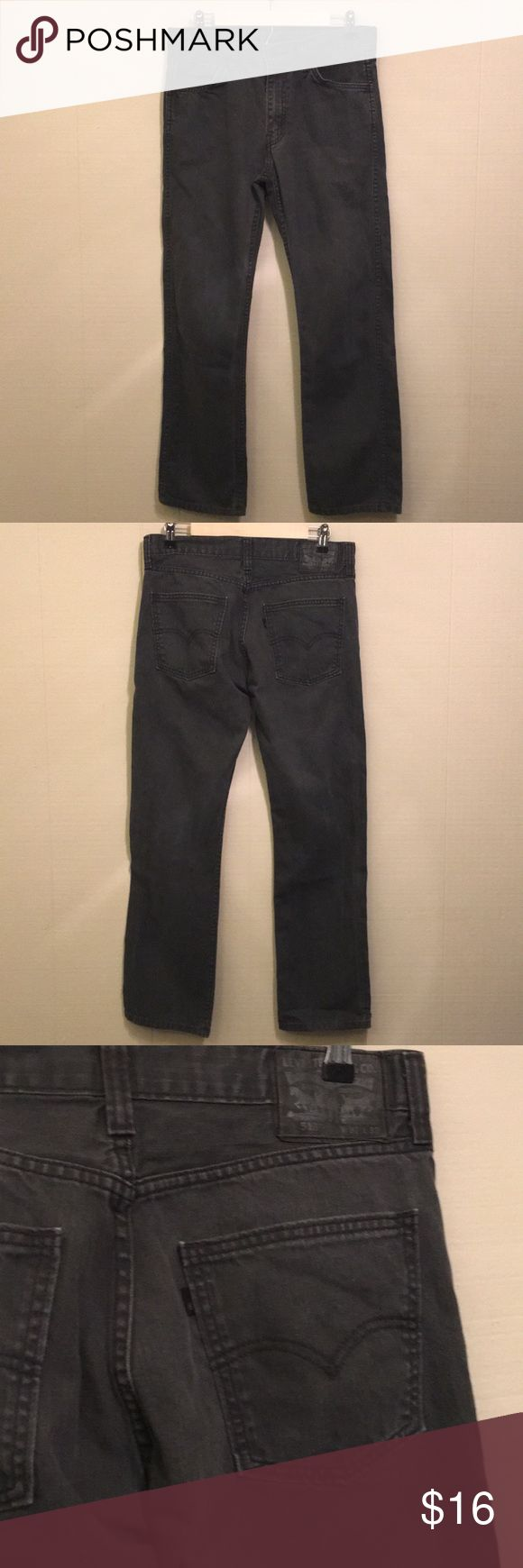 Men's Levi's 513 Classic Straight 513 Levi's Classic Straight  Waist: 32  Length: 32  Pre-owned: Good condition with a light Norman light wear Levi's Pants