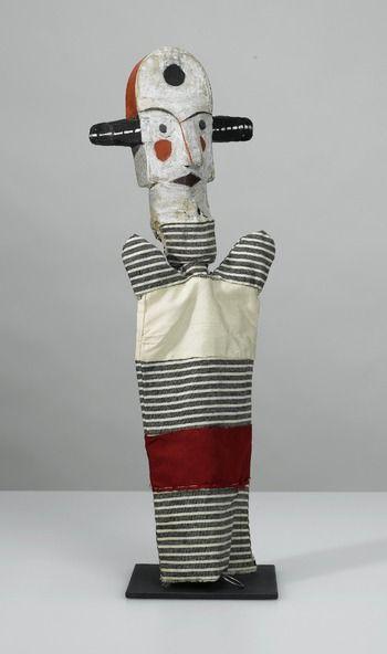 limilee:  arsvitaest: Hand puppet made by artist Paul Klee for his son, Felix. (via foldedcorners  eachlittleworld)