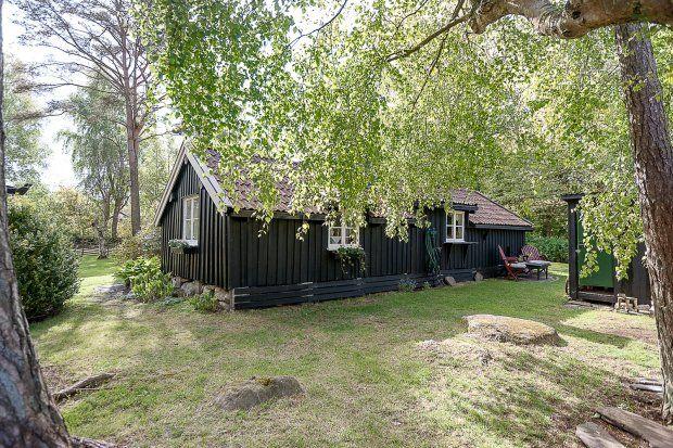 Dom został przewieziony tu ze Sztokholmu w 1962 roku.