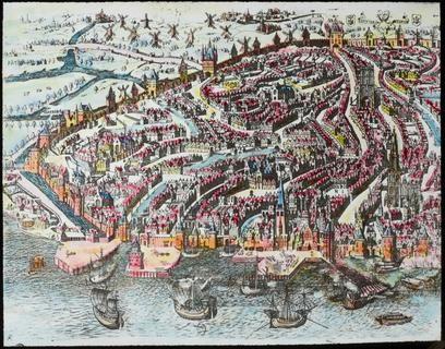 Foto van een ingekleurde stadsplan van Antwerpen omstreeks 1525. - V. Hal  Vervaardigers: Paul Van Hal (fotograaf)   Erfgoedbank Noorderkempen Collectie: Stadsarchief Turnhout Inventarisnummer: Glas0789