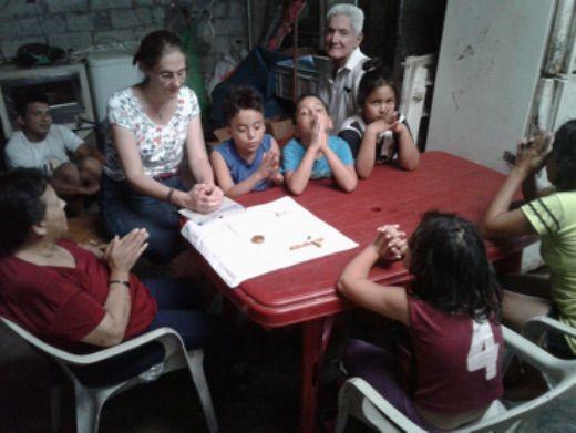 Laetitia, Sra Rebecca et ses petits enfants