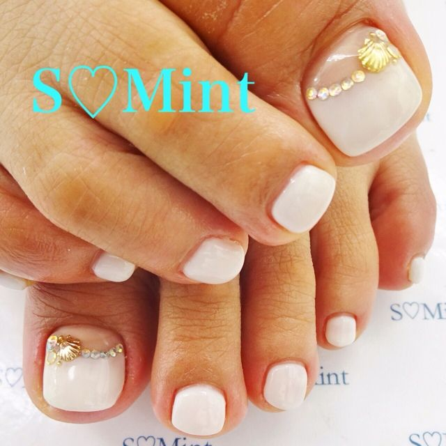 White Toe Nail ARt #nailbook