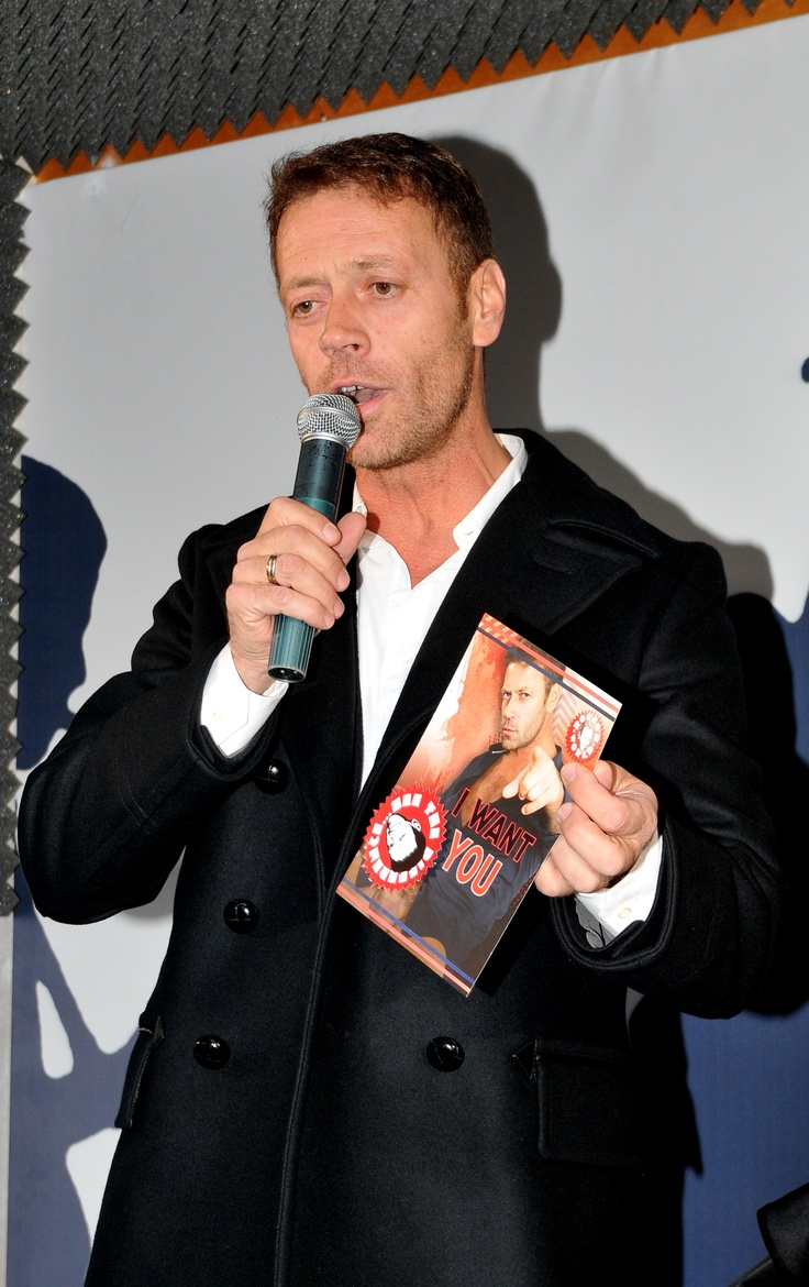 65 best rocco siffredi images on pinterest cinema cinema movie theater and filmmaking. Black Bedroom Furniture Sets. Home Design Ideas