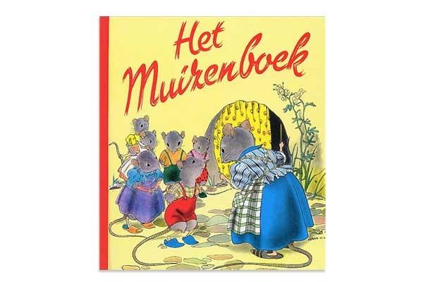 Vijf lieve kleine muizenkinders wonen met hun moedermuis in een hol onder de keuken van een heel groot prachtig huis .....
