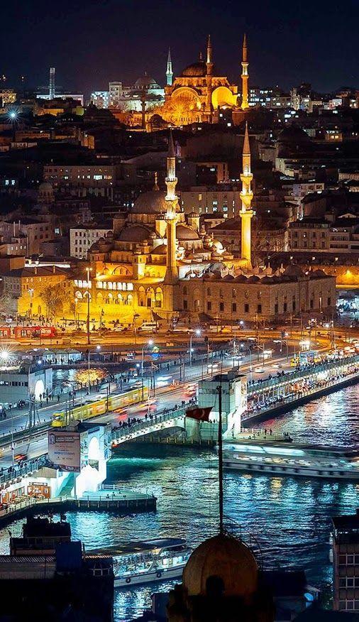 Google+ Galata Köprüsü, Mehmet Paşa Cami (Yeni Cami), Eminönü-İstanbul/TÜRKİYE