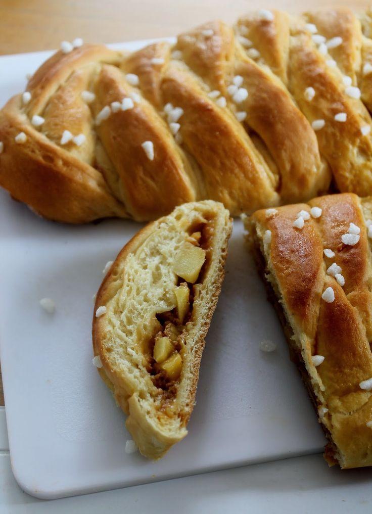 Brioche Tressée Pommes et Caramel au Beurre Salé