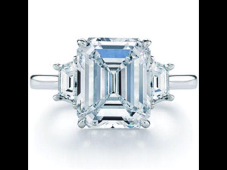 Emerald cut diamonds in platinum