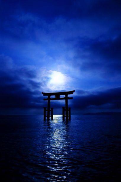 Torii gate, Shirahige shrine