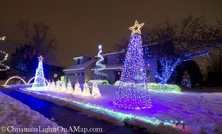 3111 Wolfe Ct Naperville, IL Best christmas lights
