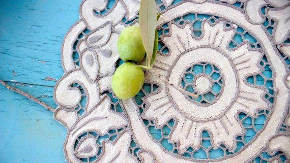Vintage linen fine cutworkVenice lace round by BelladonaVintage