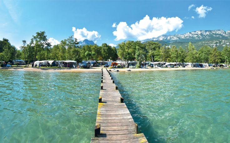 Van harte welkom op camping le Lac Bleu. Rustig gebied.