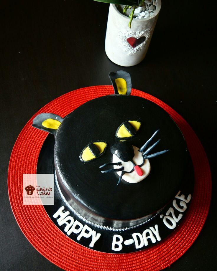 Cat face cake #dedunscakes