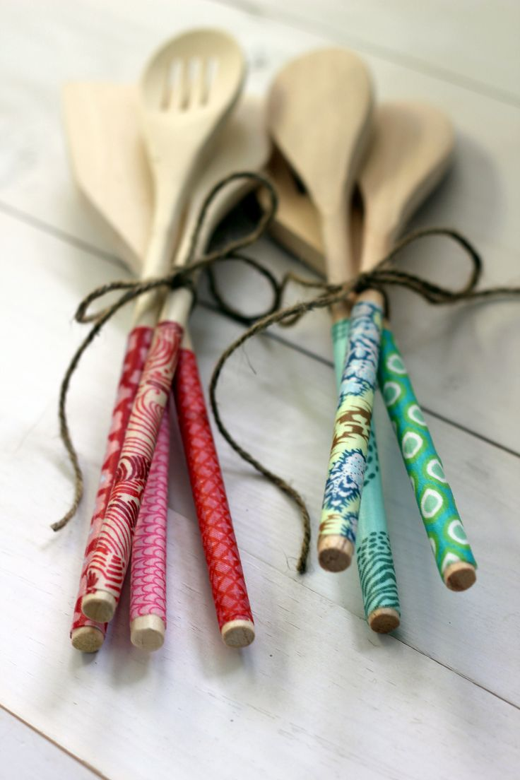 Fabric covered wooden spoons - tied in bunches makes a cute gift!
