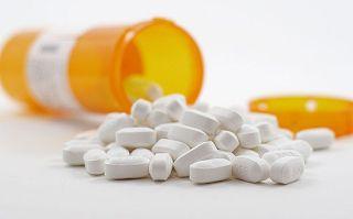 Enxaqueca: estatinas são uma opção viável de tratamento?   Estudos estimam que cerca de 38% dos pacientes com enxaqueca precisam de terapia preventiva, mas poucos (de 3% a 13%) tomam medicamentos profiláticos. Quando as drogas recomendadas falham, o uso de estatinas é viável?