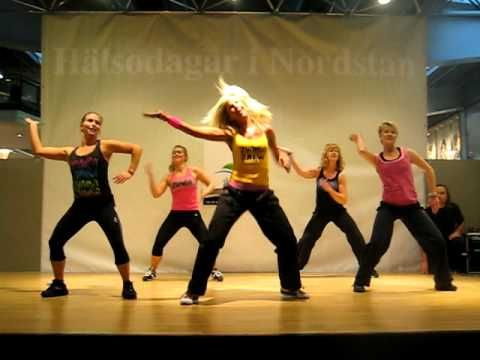 Waka Waka Zumba . . . one of my favorite routines but this one cuts off early