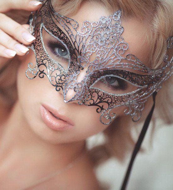 Masquerade mask for theme wedding | Wedding