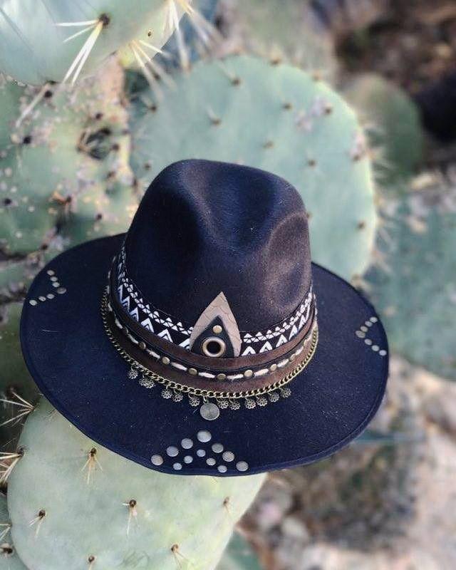 Boho chic ~ Bohemian ~ Photoshoot ~ boho hats ~ fedora hats ~ photography ~ fashion ~ boho outfits ~ gypsy ~ folk ~  ISART DESIGN ~ cactus ~ desert ~ hat  www.facebook.com/ISARTDESIGNS www.isartdesign.wix.com/isartdesign